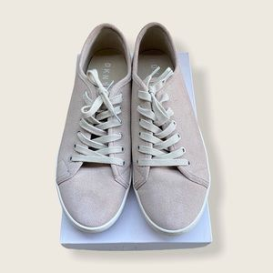 DKNY suede sneakers size US 9.5